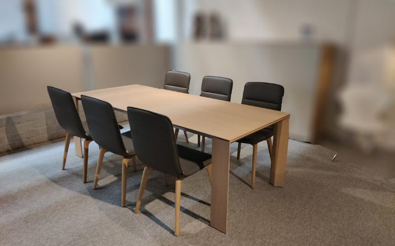 Tafel verlengbaar   6 stoelen (excl. wandkast)